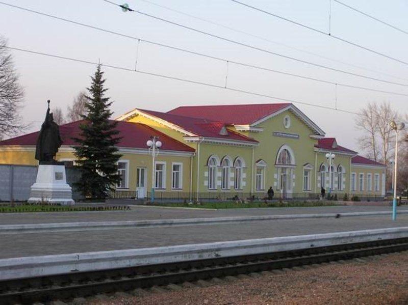 Железнодорожный вокзал Хутор Михайловский